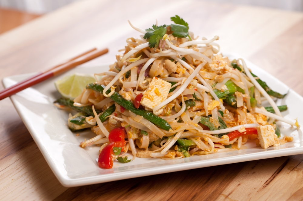 Vegetable Pad Thai with Tofu