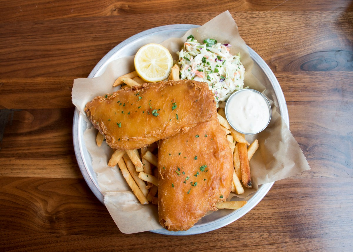 Best Foods To Eat At Lazy Dog