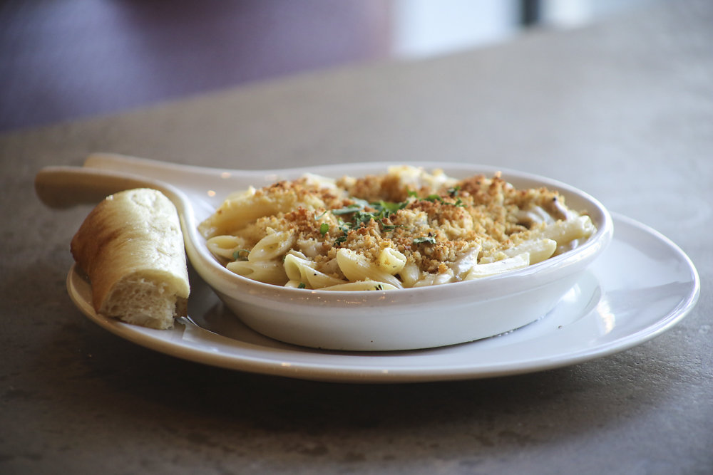 Chicken and Penne Alfredo for delivery