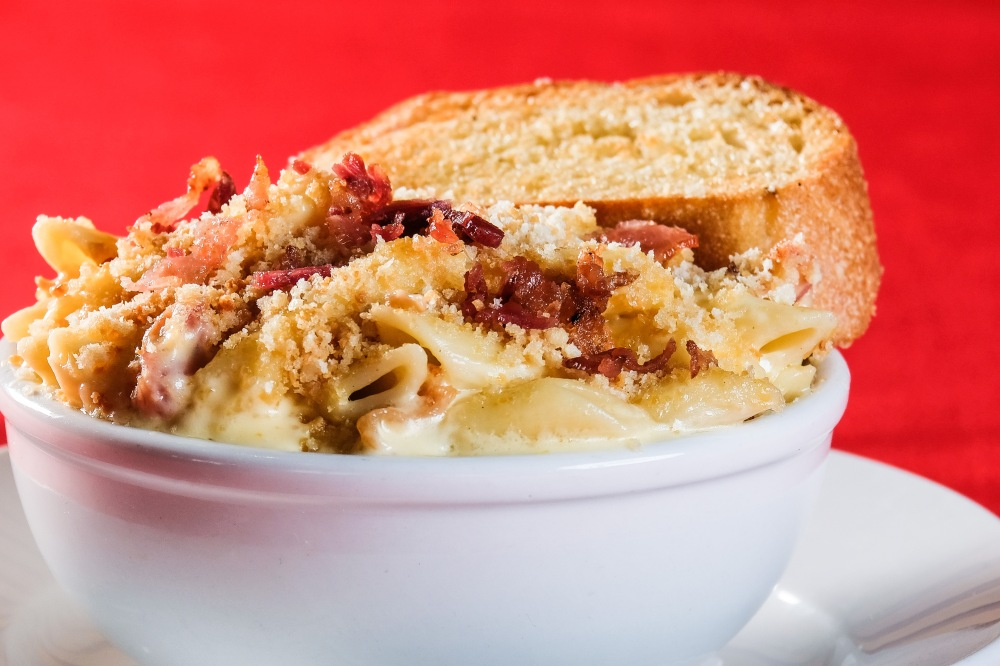 bacon mac and cheese for delivery
