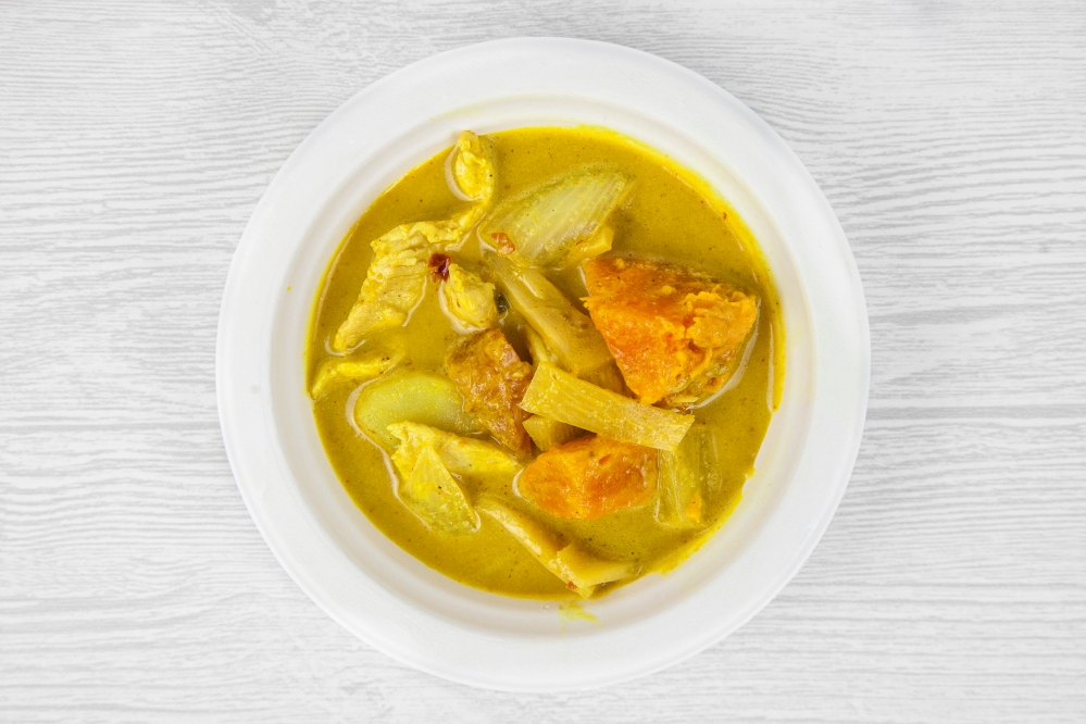 Thai yellow curry for delivery